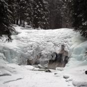Zamrzlé mumlavské vodopády