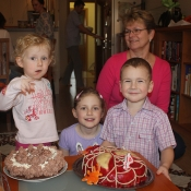 banda se vrhla na dort