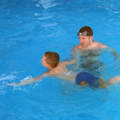 Trénujeme správný plavecký styl.