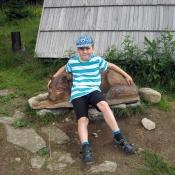Na zvířátkové lavičce